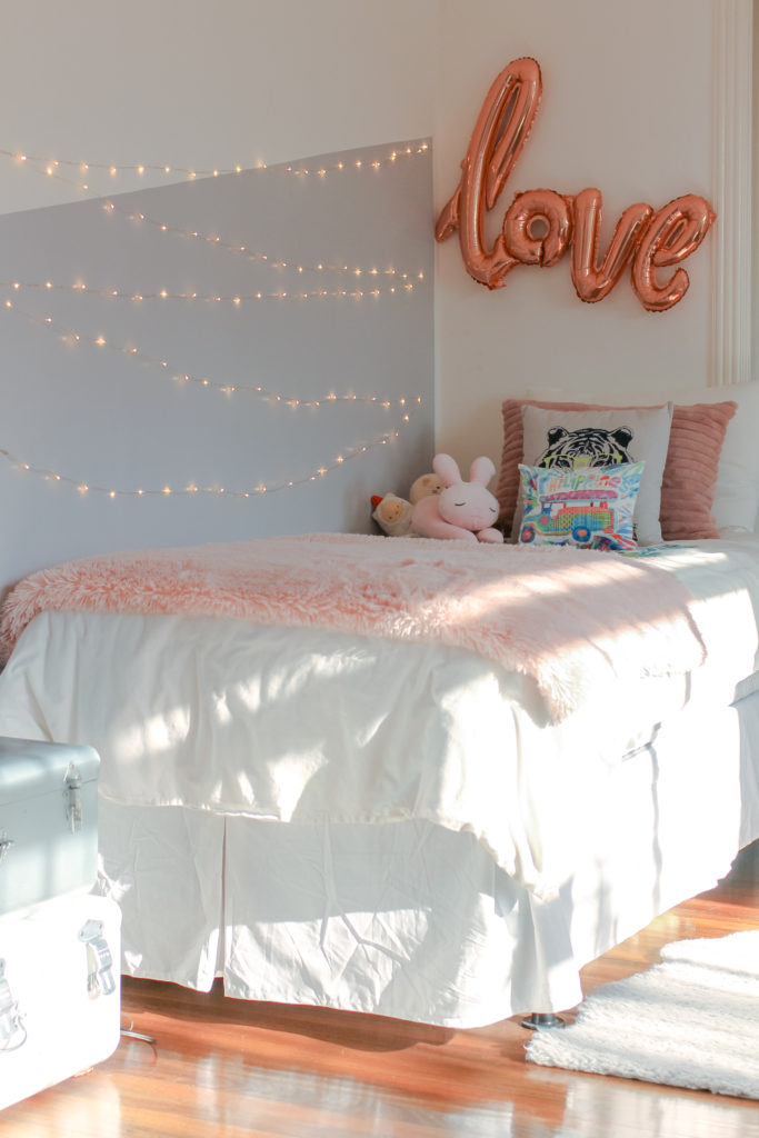 Home Tour with Kaho of Chuzai Living - the girl bedroom filled with lovely pillow, lights and love banner balloon