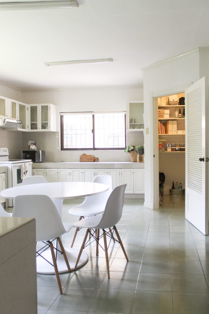Choose your kitchen wisely - this is a beautiful white kitchen and dining table