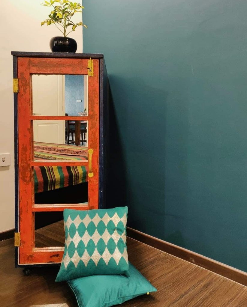 Home style Tour with Rajni in Hyderabad: DIY linen cabinet made from an old window panel