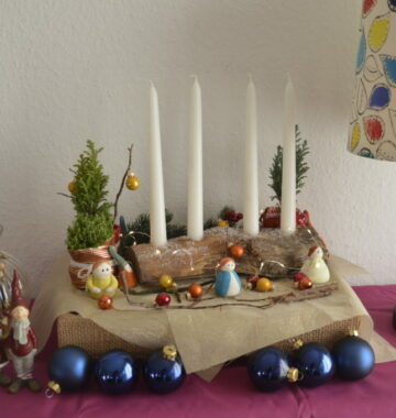 DIY wooden candle stand arrangement for Advent and Christmas