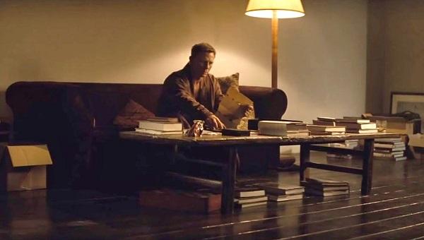 Daniel Craig James Bond SPECTRE Apartment