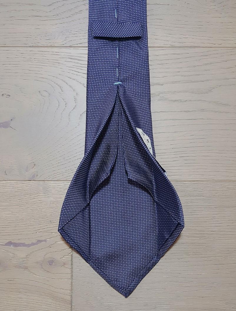 Aklasu navy micro pattern six-fold tie review