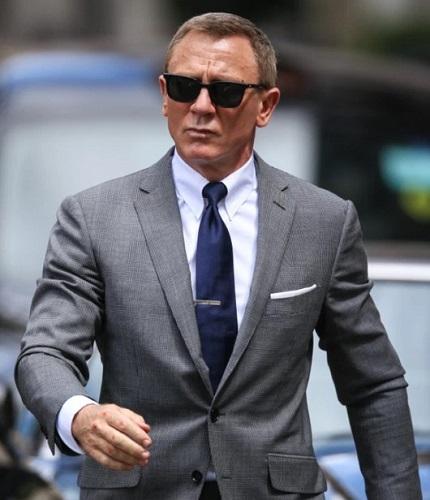 Daniel Craig James Bond Bond 25 Tom Ford suit
