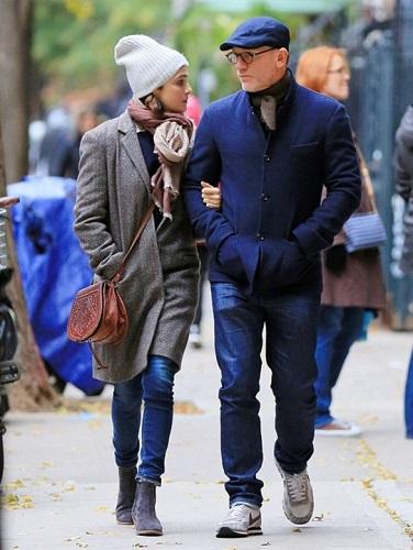Daniel Craig contemporary casual style