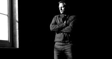 Daniel Craig jackets for fall