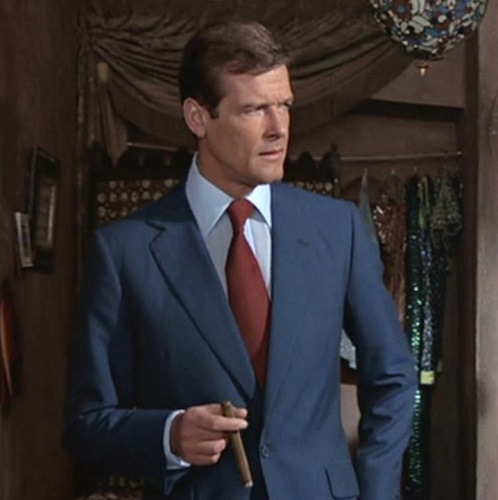 Roger Moore James Bond The Man With The Golden Gun blue suit
