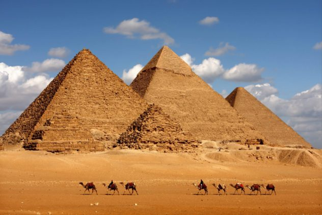 Egypt Pyramids 2019 Travel list Style