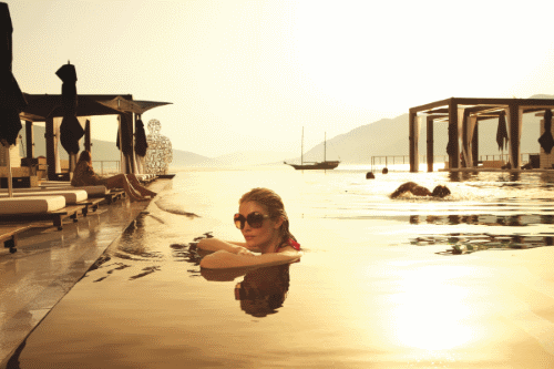 Infinity pool at Lido Mar in Porto Montenegro