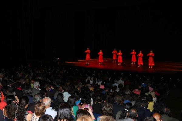 Kumudini Lakhia Troupe's performance at inagural of Namaste France