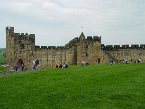 Alnwick Castle in Harry Potter films
