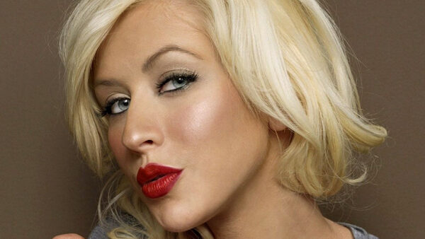 Christina Aguilera Singer And Actress
