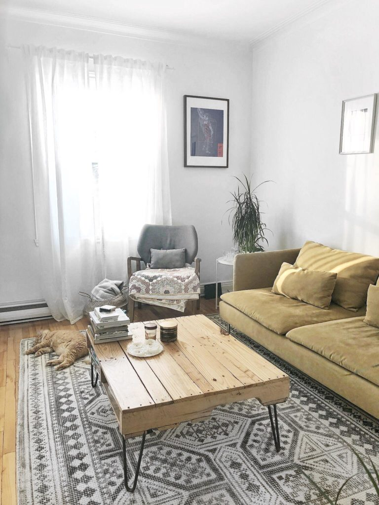 living room minimalist living with less