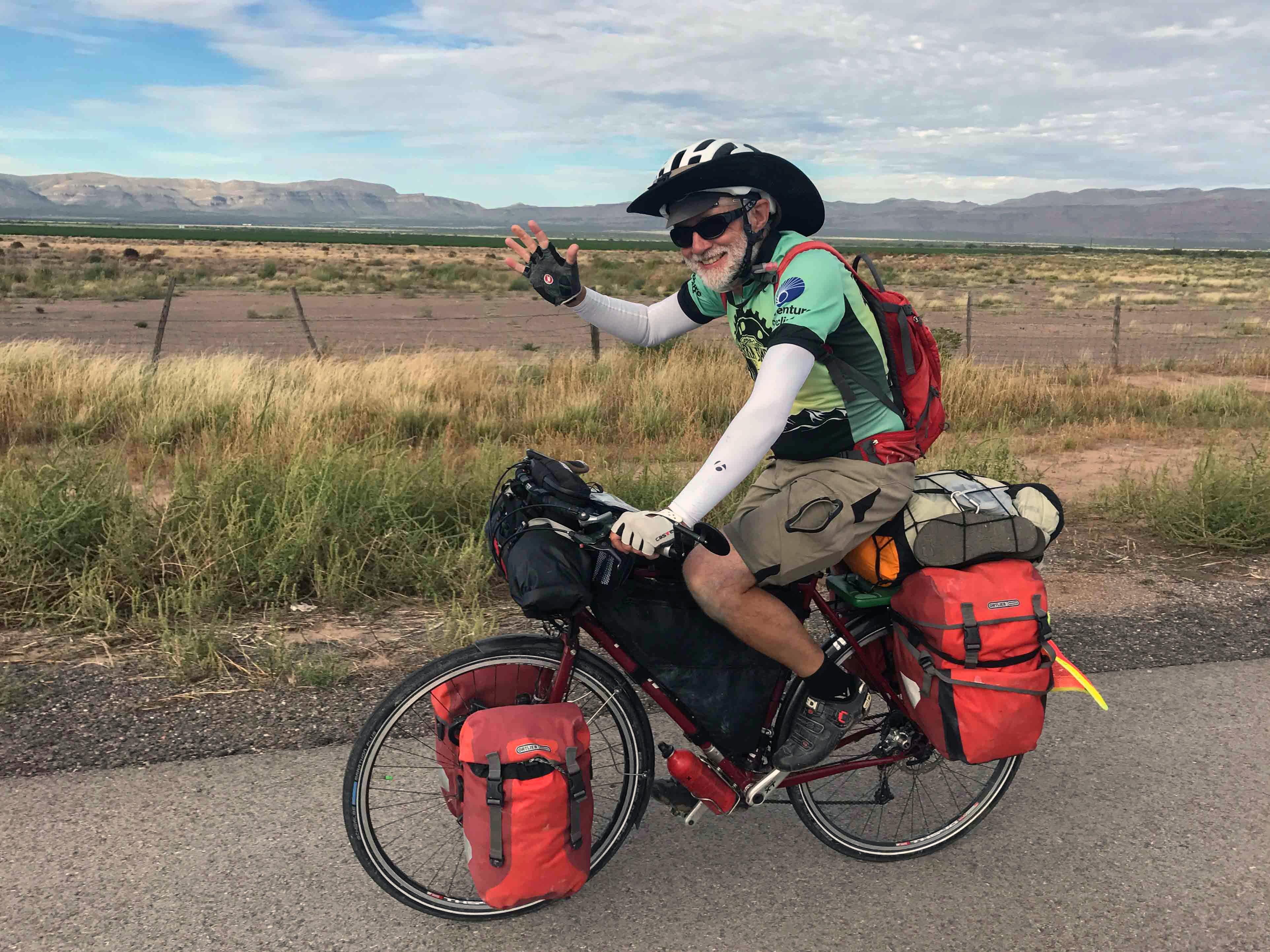 Tom Reitter, Asymmetrik Software Engineer on bicycle