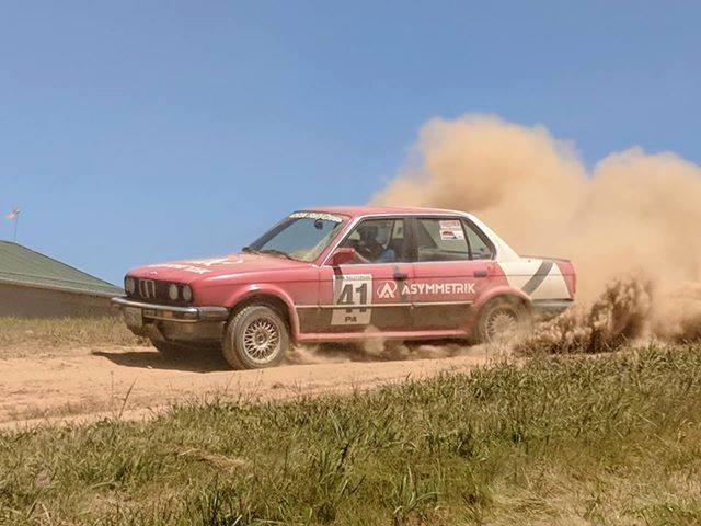 BMW e30 rallycar racing