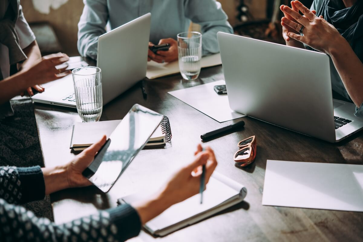 Ways To Build A Better Employee Experience With IT