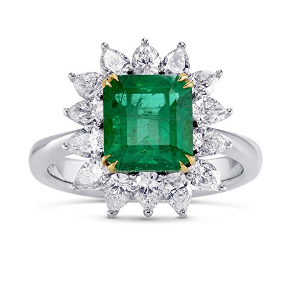 A beautiful 3.65 carats Vivid Green gemstone Halo Ring Set in 18K White Yellow Gold. It comes with an elegant gift box. Manufactured by Leibish and Co.