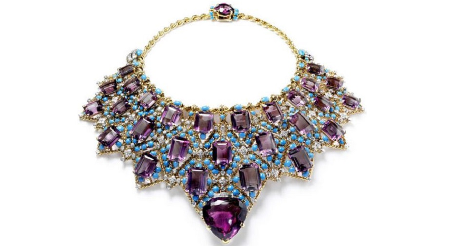 Draperie necklace by Cartier