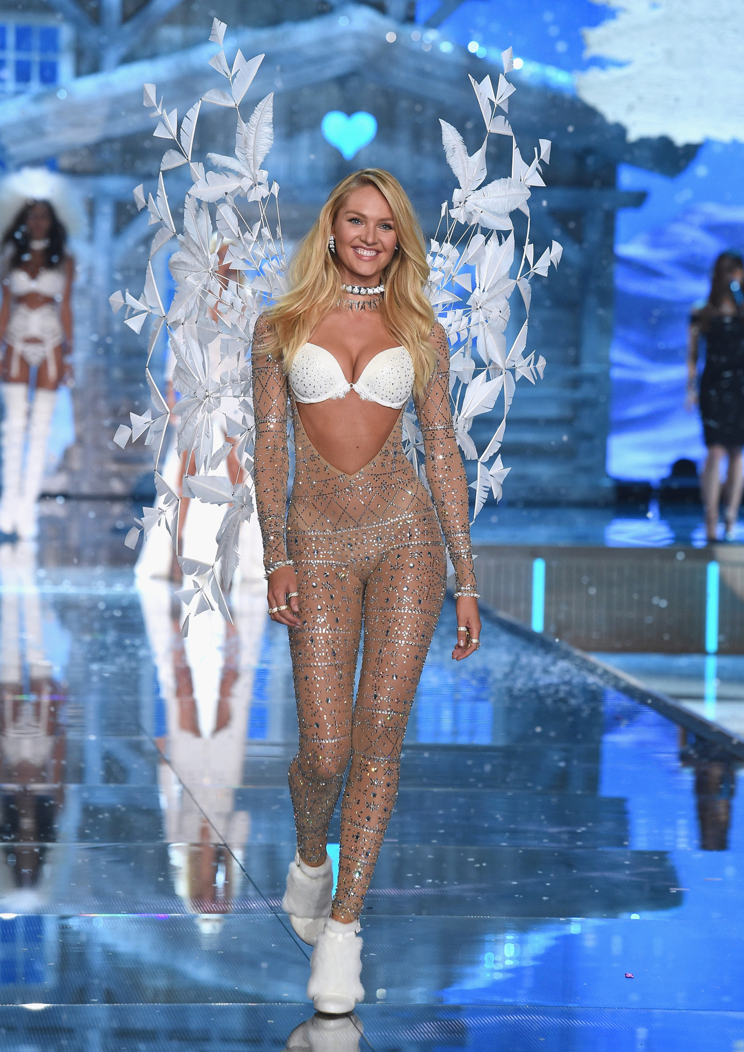NEW YORK, NY - NOVEMBER 10: Model and Victoria's Secret Angel Candice Swanepoel from South Africa walks the runway during the 2015 Victoria's Secret Fashion Show at Lexington Avenue Armory on November 10, 2015 in New York City. (Photo by Dimitrios Kambouris/Getty Images for Victoria's Secret) *** Local Caption *** Candice Swanepoel
