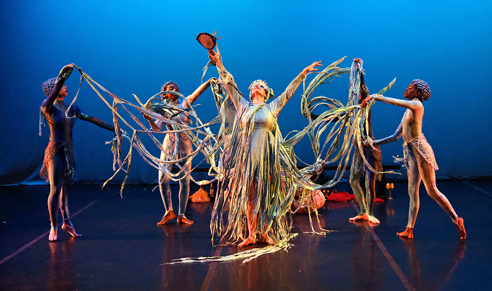 Photo by Stan Obert. Image courtesy of Cleo Parker Robinson Dance.
