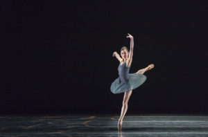 Colorado Ballet. Sharon Wehner by Mike Watson. In Pieces choreography by Val Caniparoli. Courtesy of Colorado Ballet.