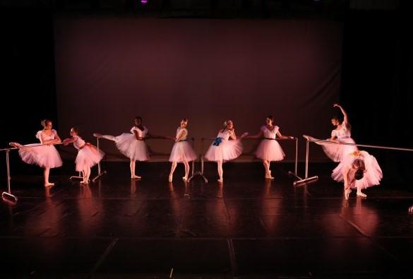 Ballet Ariel Dancers in Ballerinas by Degas. Photo by David Andrews. Courtesy of Ballet Ariel.