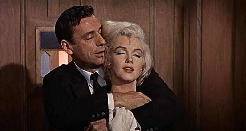 Trailers de cine muy hot ¡para encender a tu pareja! - sexologos online