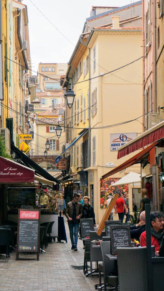 Um dos bairros de Cannes na França