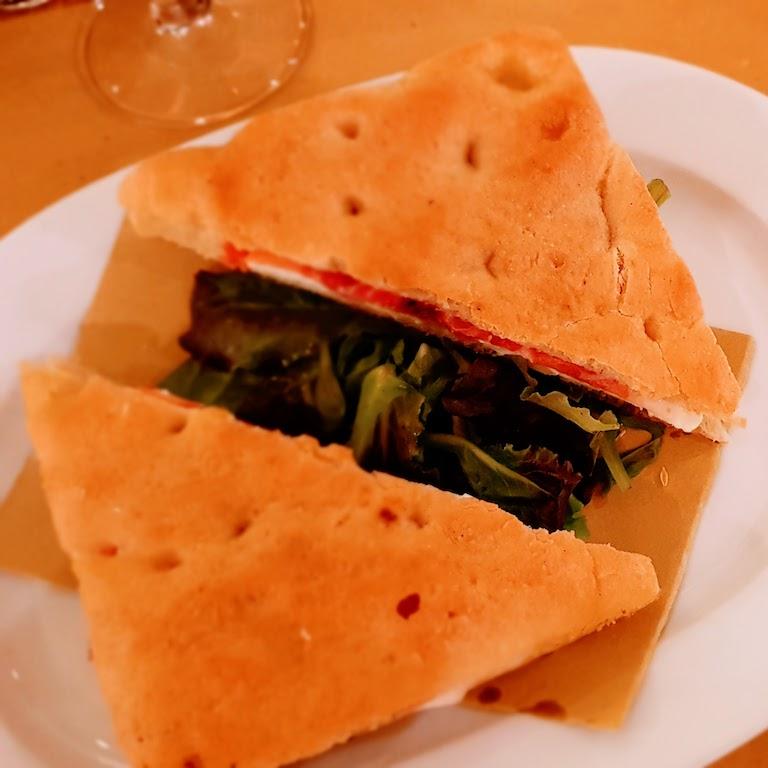 O que fazer em Turim - Comer uma Focaccia no Eataly.