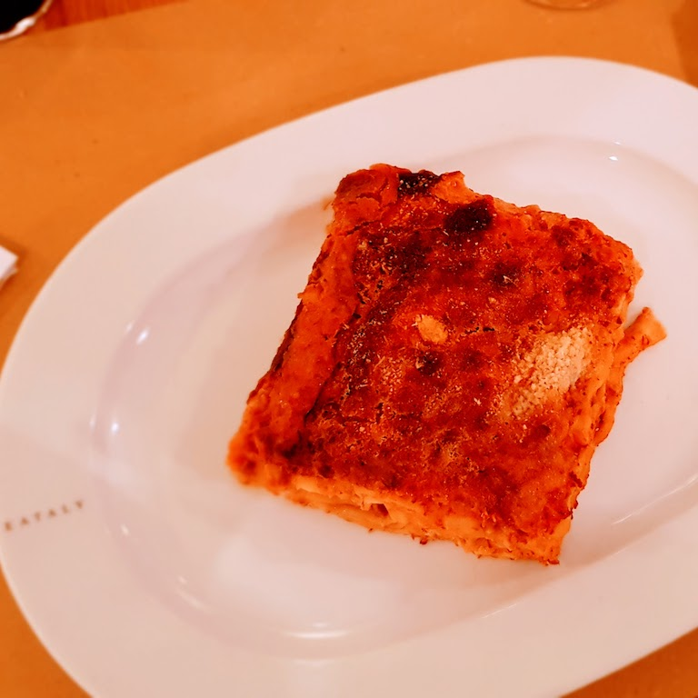 O que fazer em Turim - Comer uma lasanha no Eataly.
