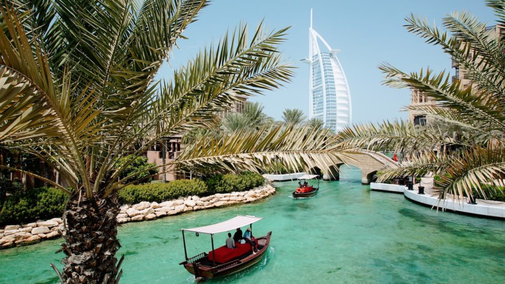 Mercados de Dubai: Souk Medinat Jumeirah e a vista perfeita para o Burj Al Arab