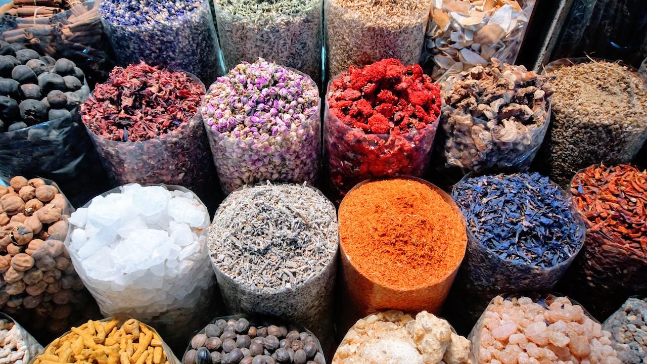 Mercados de Dubai - O colorido do mercado de especiaris