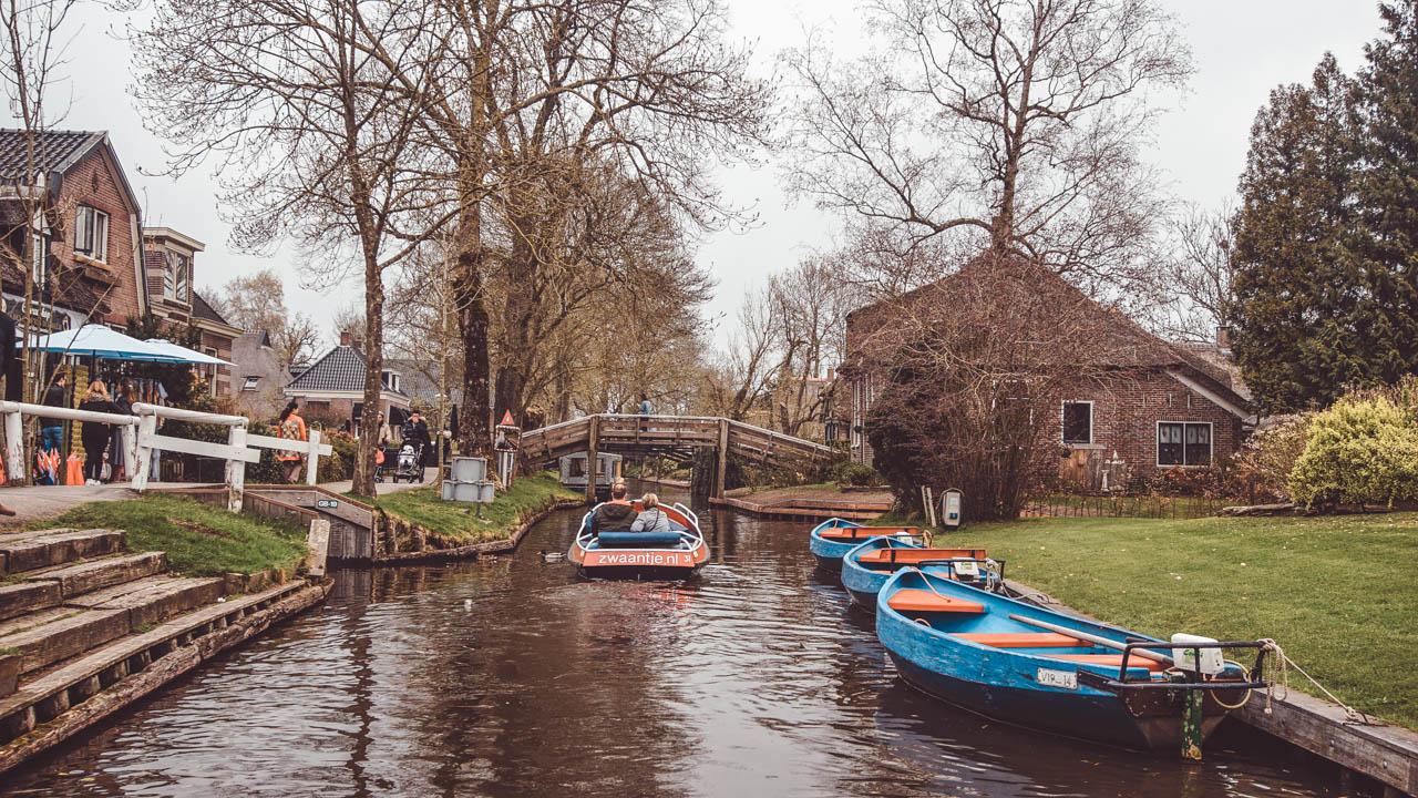 Giethoorn cidade sem ruas Holanda