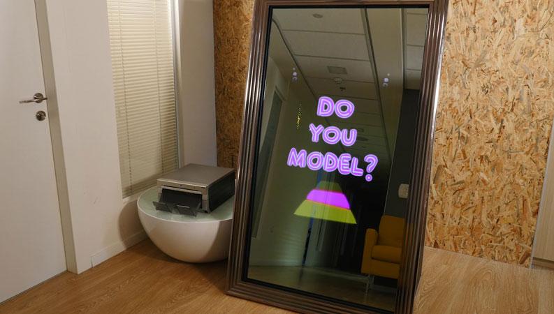 Mirror Me Photo Booth Magic Mirror