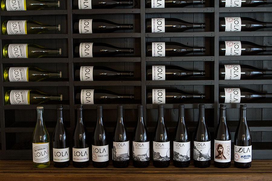 LOLA Wines