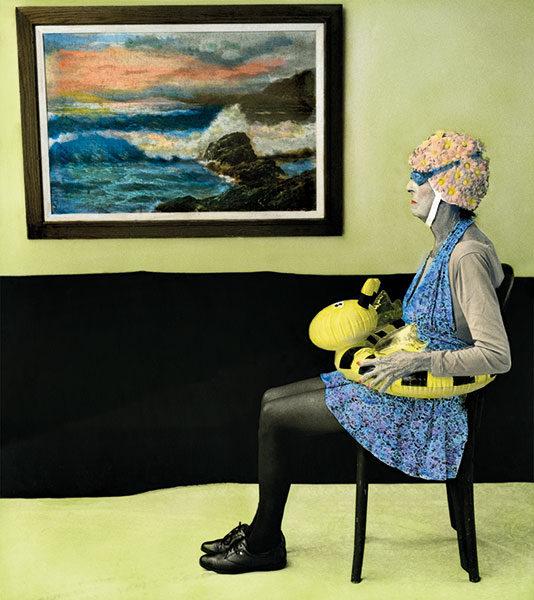 Aline Smithson, Arrangement