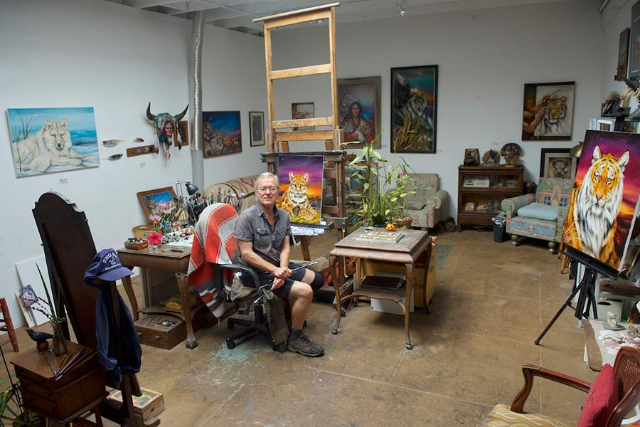"""ART TODAY 10.25.17 Before They Go: """"VENICE ARTISTS – A DIVERSITY OF STYLES"""" captured on camera by Debbie Zeitman"""