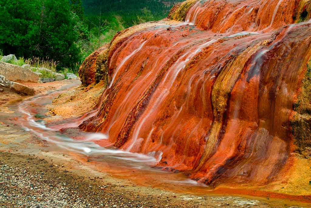 Geyser Mound, Colorado a Greg Tucker photo