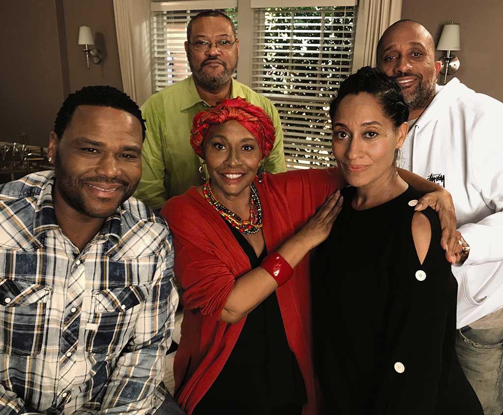 Black-ish-cast with Jennifer Lewis, center