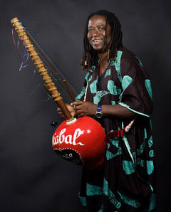 "The ""cascades and crescendos"" of West African Kora Griot Prince Diabate"