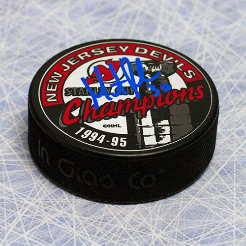 Martin Brodeur Autographed Puck New Jersey Devils 1995 Stanley Cup