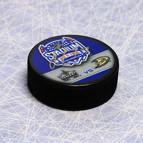 Jeff Carter Los Angeles Kings Autographed 2014 Stadium Series Puck