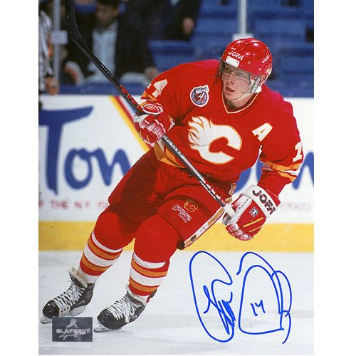 Theo Fleury NHL Calgary Flames Autographed Action 8x10 Photo