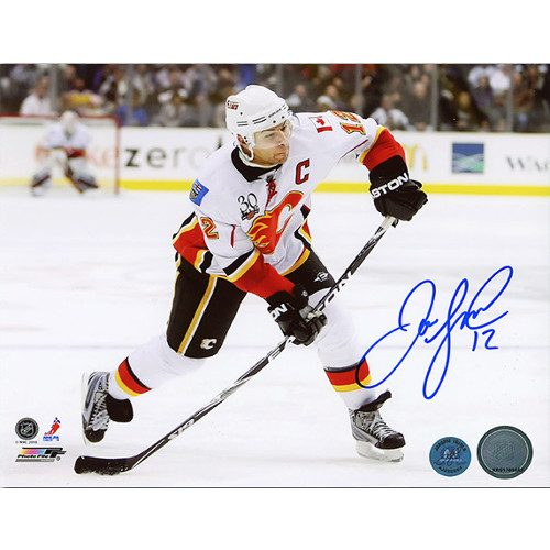 Calgary Flames Jarome Iginla Autograph Shooting 8x10 Photo