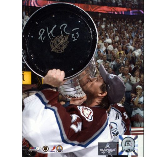 Patrick Roy Stanley Cup 2001Colorado Avalanche Signed 8x10 Photo