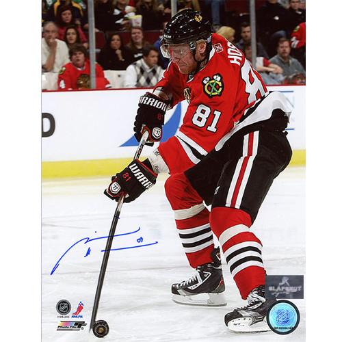 Marian Hossa Chicago Blackhawks Autographed Stick Handeling 8x10 Photo