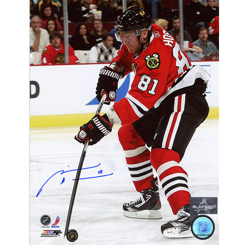 Marian Hossa Chicago Blackhawks Autographed Stick Handeling 8x10 Photo
