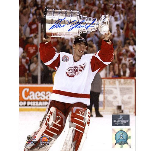 Dominik Hasek Autographed Detroit Red Wings 8X10 2002 Cup Photo