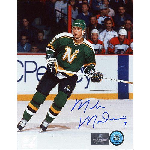 Mike Modano Minnesota North Stars Autographed 8X10 Photo