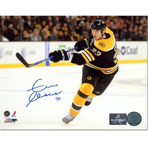 Zdeno Chara Autographed Picture-Boston Bruins Action 8x10