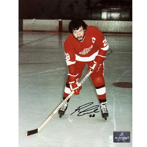 Reggie Leach Detroit Red Wings Signed Captain 8x10 Photo